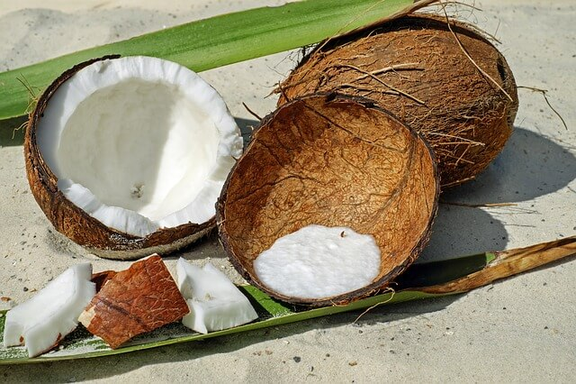 Mleczko kokosowe – właściwości i zastosowanie w kuchni